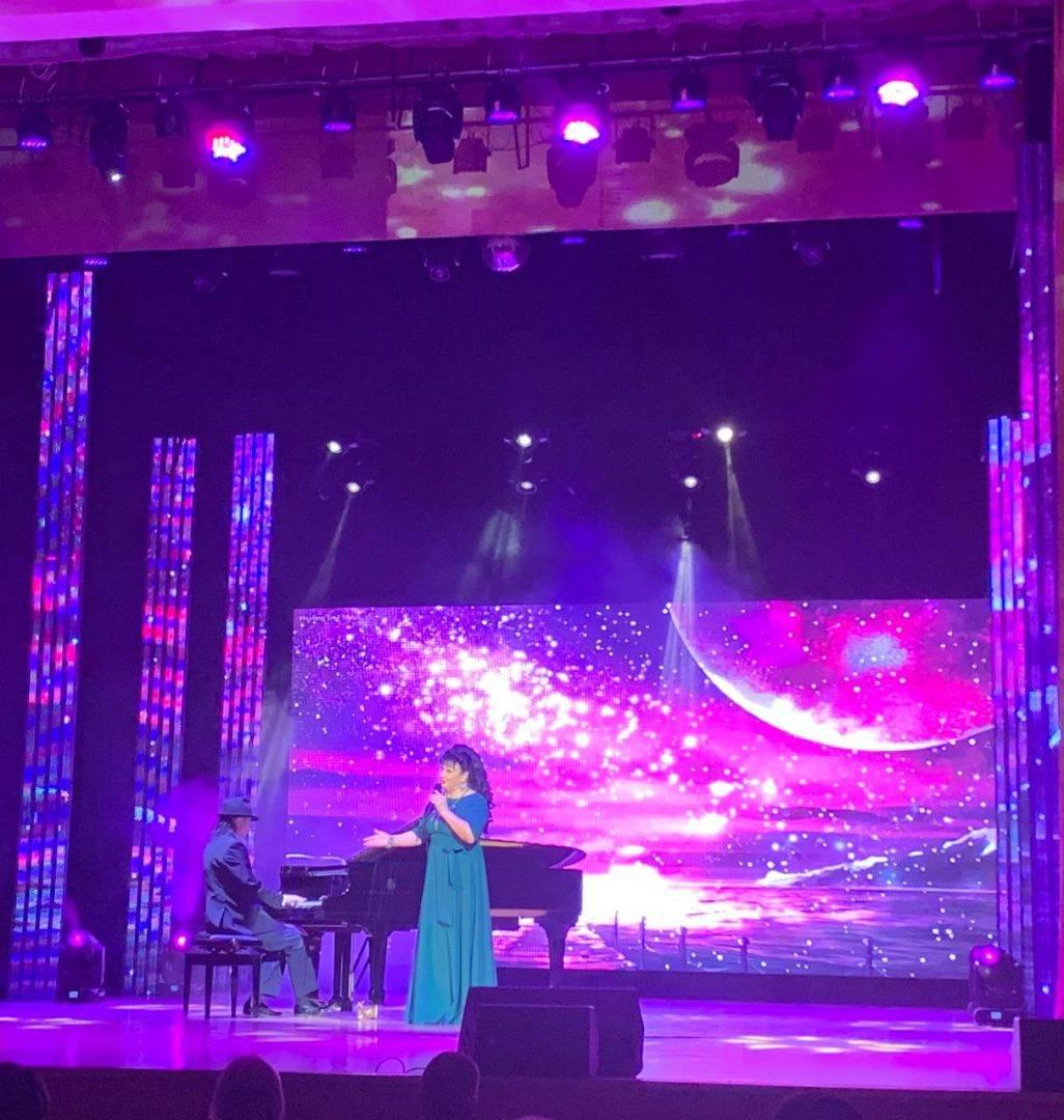 В Башгосфилармонии состоялся концерт группы «Легенды эстрады» под руководством Назифы Кадыровой