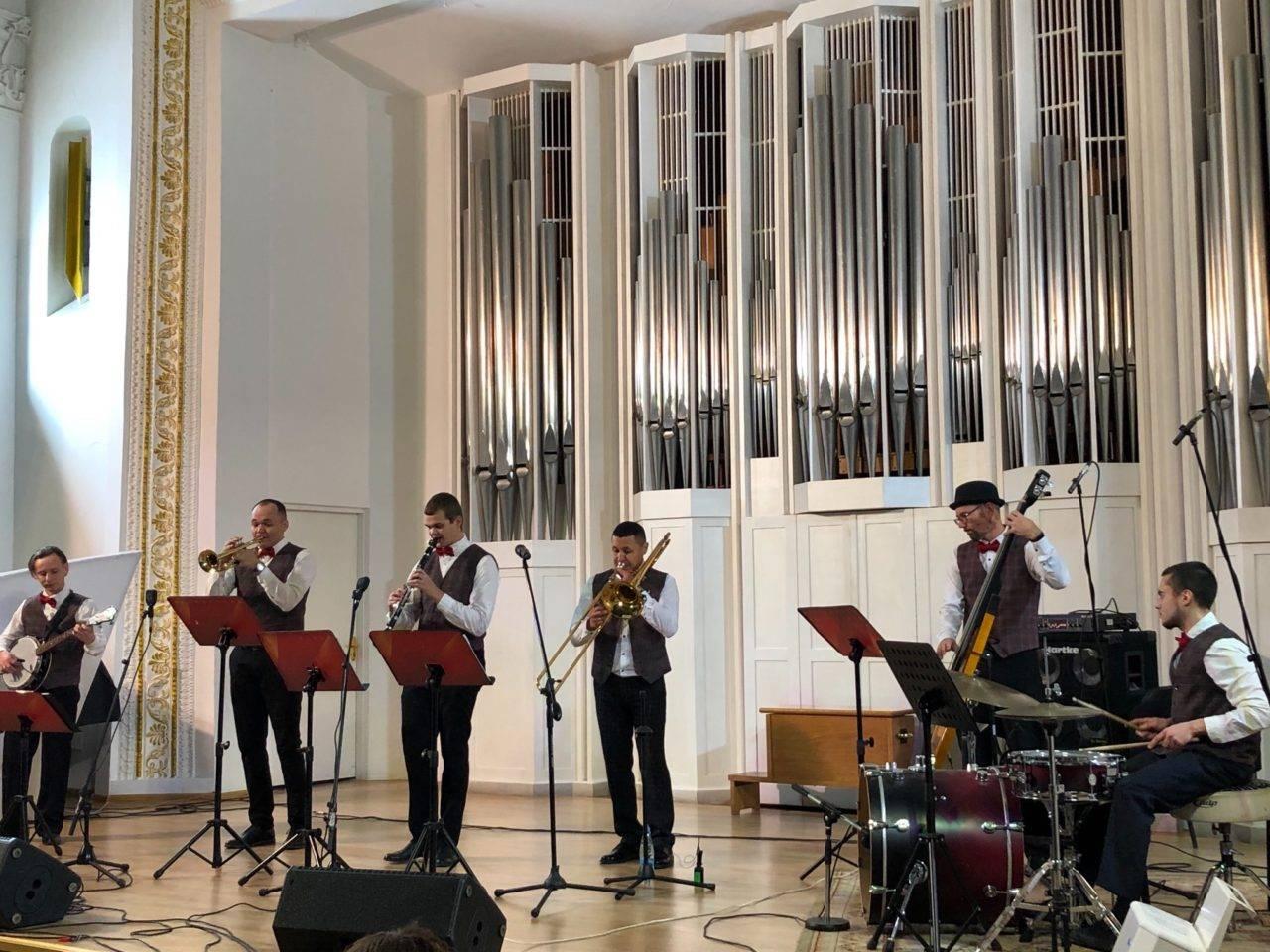 В филармонии состоялась премьера проекта «Воскресный джаз»